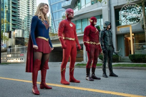 Entertainment-Weekly-Elseworlds-image-600x400