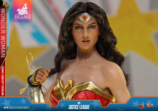 Hot-Toys-Justice-League-Wonder-Woman-Comic-Concept-Version-collectible-figure-3-600x420
