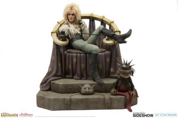 labyrinth-jareth-on-the-throne-statue-chronicle-collectibles-2-600x400