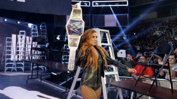 Becky-Lynch-SmackDown--600x338