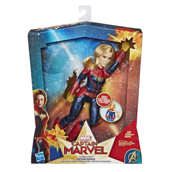 CAPTAIN-MARVEL-MOVIE-PHOTON-POWER-FX-CAPTAIN-MARVEL-ELECTRONIC-DOLL-in-pkg-600x600