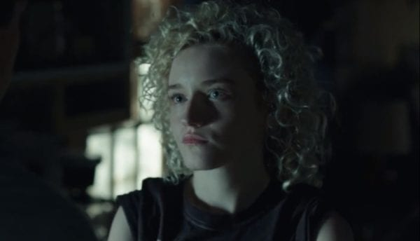 Julia-Garner-Ozark-screenshot-600x344
