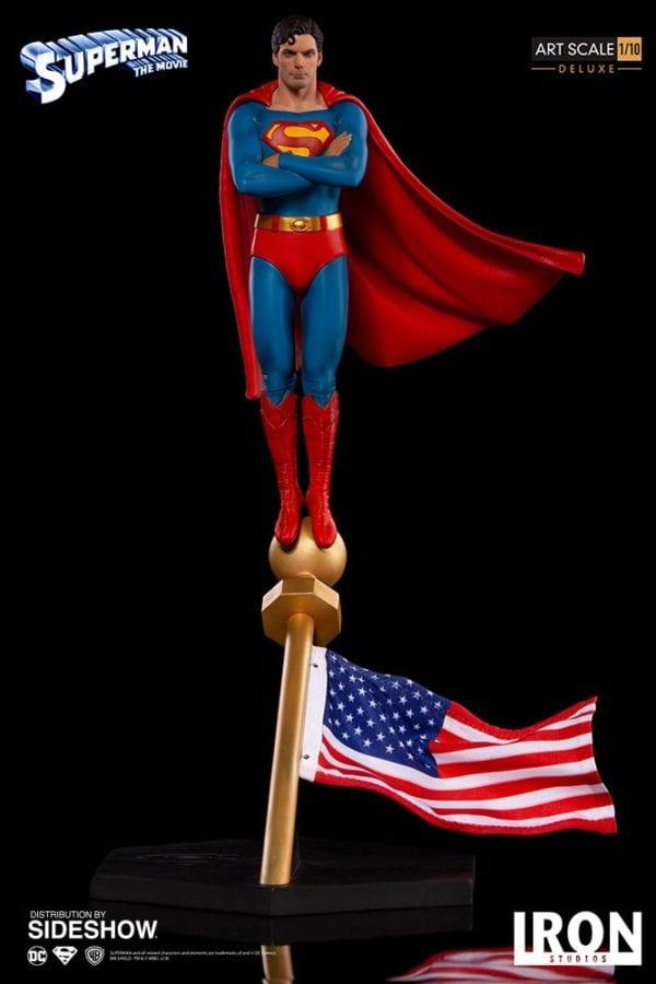 dc-comics-superman-1978-deluxe-statue-iron-studios-1-600x900