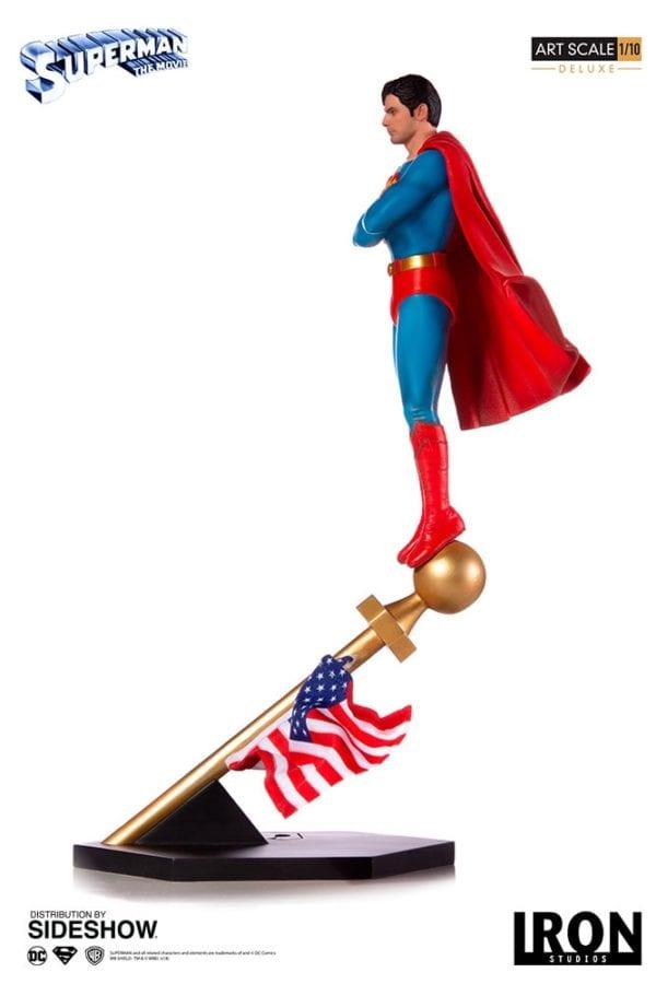 dc-comics-superman-1978-deluxe-statue-iron-studios-7-600x900