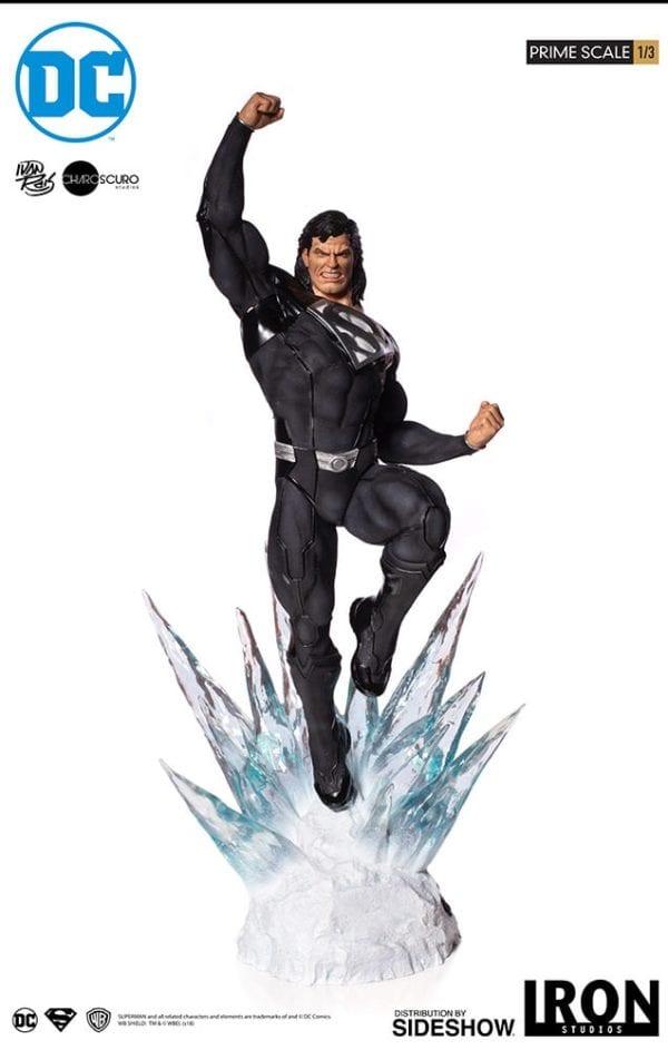 dc-comics-superman-black-suit-statue-iron-studios-6-600x943