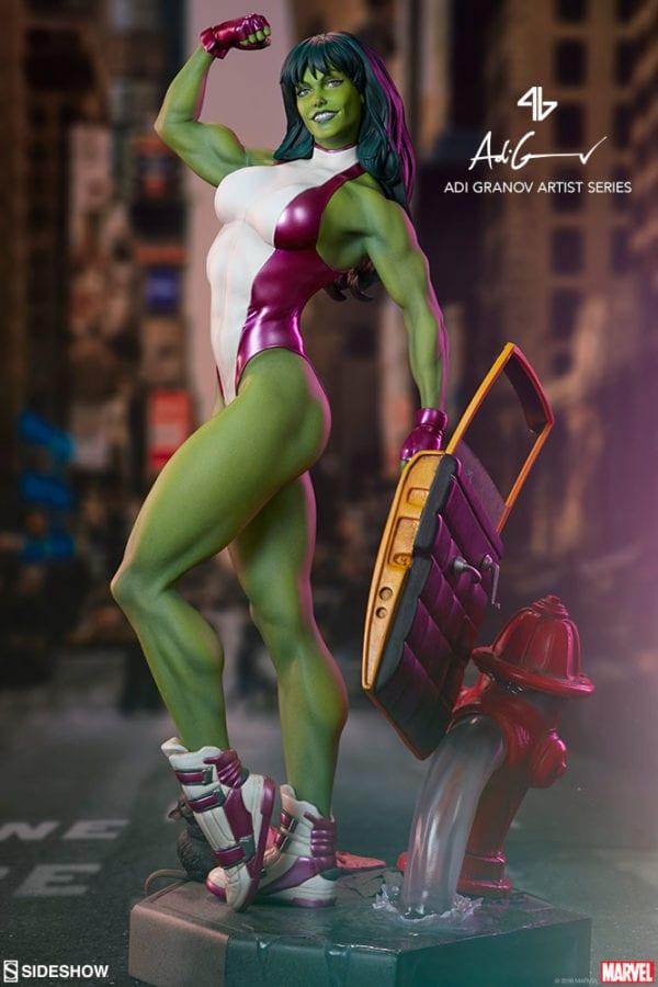 marvel-she-hulk-statue-sideshow-4-600x900