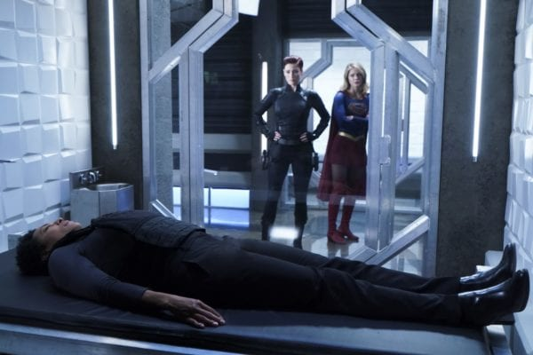 Supergirl-410-12-600x400