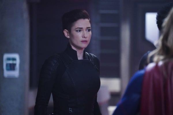 Supergirl-410-9-600x400