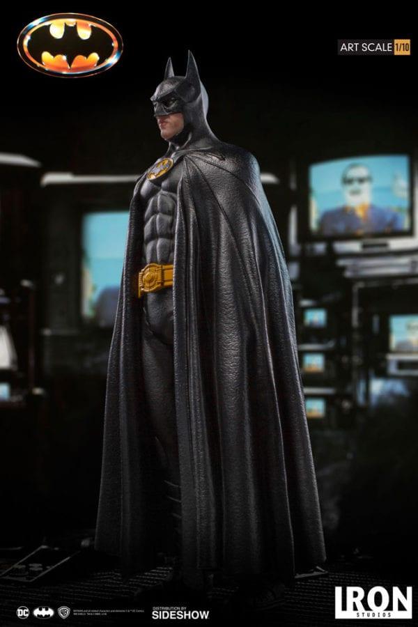 dc-comics-batman-1989-statue-iron-studios-904356-03-600x900