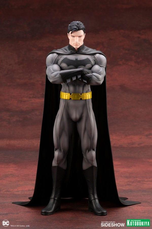 dc-comics-batman-statue-kotobukiya-1-600x900