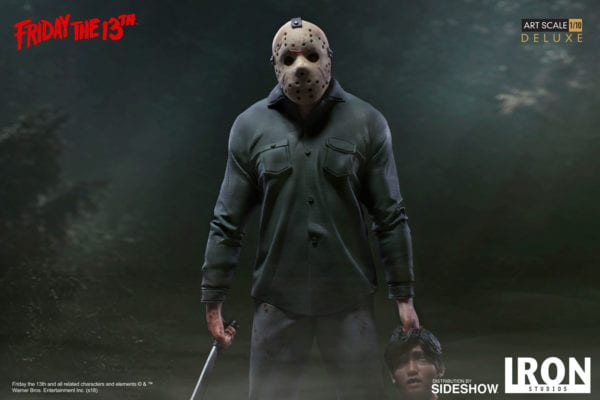 friday-the-13th-jason-deluxe-statue-iron-studios-2-600x400
