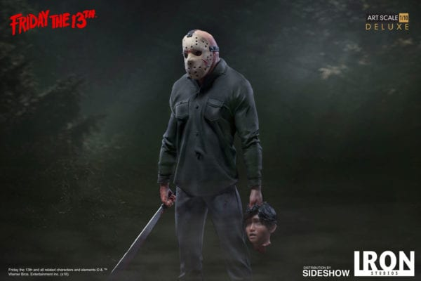 friday-the-13th-jason-deluxe-statue-iron-studios-4-600x400