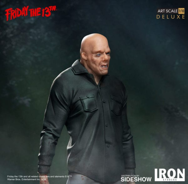 friday-the-13th-jason-deluxe-statue-iron-studios-7-600x587