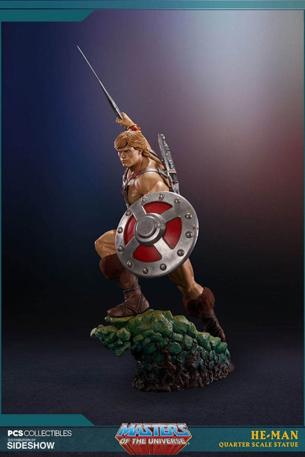 masters-of-the-universe-he-man-statue-pop-culture-shock-3-600x900