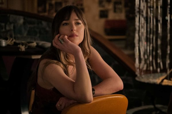 Dakota-Johnson-Bad-Times-600x400