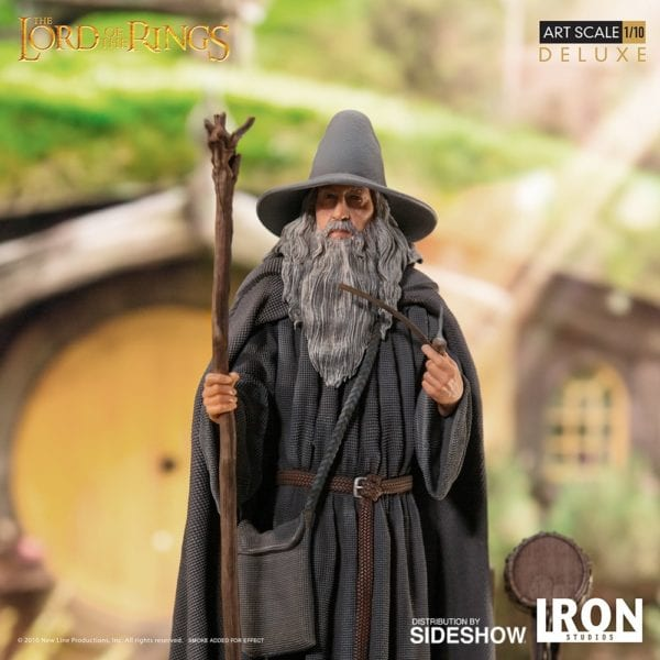 gandalf-deluxe_the-lord-of-the-rings-1-600x600