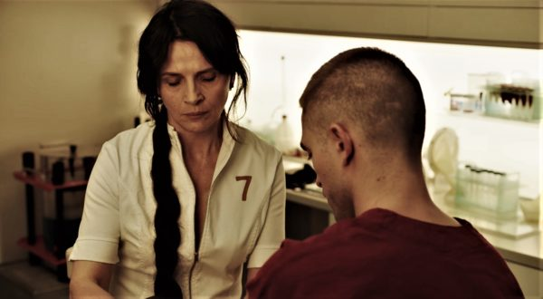High-Life-Claire-Denis-4-600x330