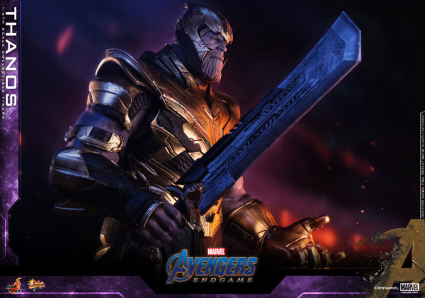 Hot-Toys-Avengers-4-Thanos-collectible-figure-5-600x422