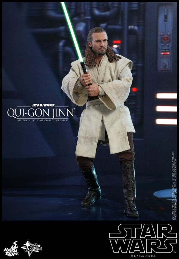 Hot-Toys-Star-Wars-Qui-Gon-Jinn-collectible-figure-1-600x867
