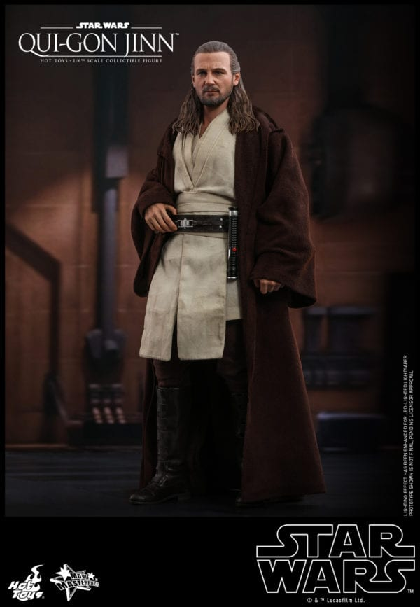Hot-Toys-Star-Wars-Qui-Gon-Jinn-collectible-figure-3-600x867