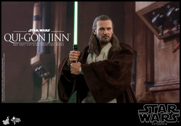 Hot-Toys-Star-Wars-Qui-Gon-Jinn-collectible-figure-6-600x420