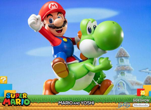 Mario-and-Yoshi-statue-2-600x440