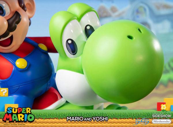 Mario-and-Yoshi-statue-7-600x440