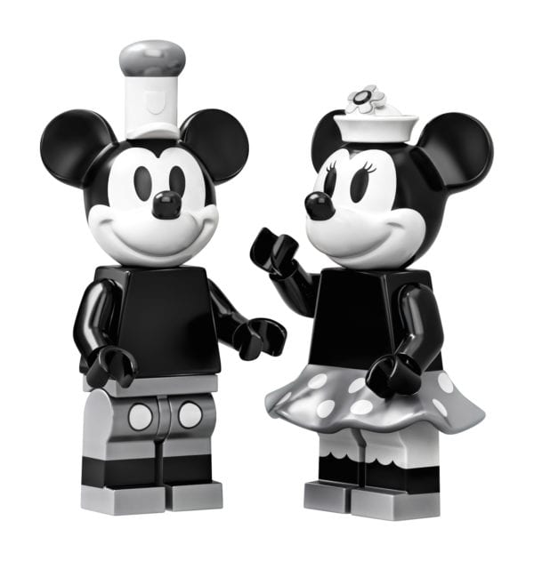 Steamboat-Willie-LEGO-12-600x631