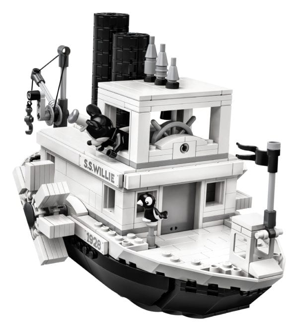 Steamboat-Willie-LEGO-8-600x666