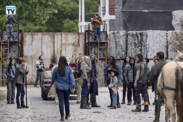 The-Walking-Dead-915-10-600x400