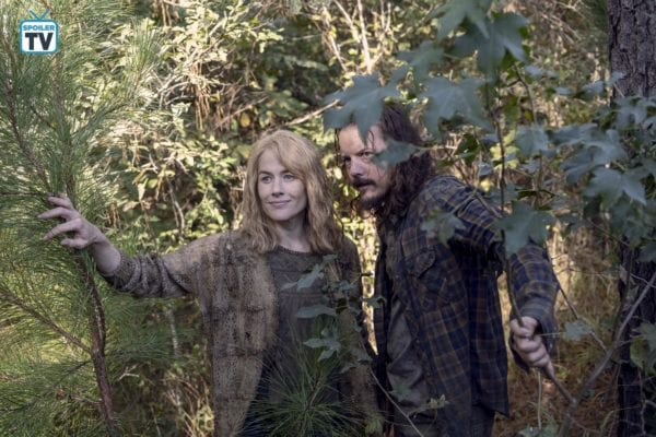 The-Walking-Dead-915-2-600x400