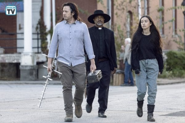 The-Walking-Dead-915-28-600x400