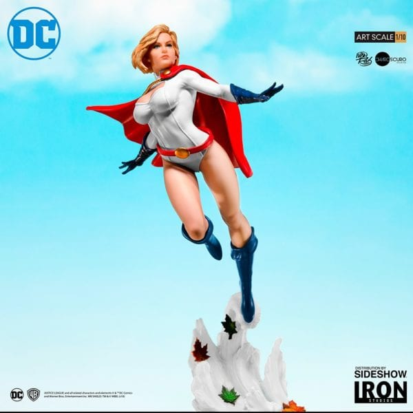 power-girl_dc-comics-SIdehsow-2-600x600