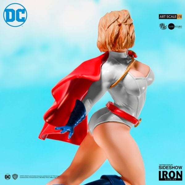 power-girl_dc-comics-SIdehsow-7-600x600