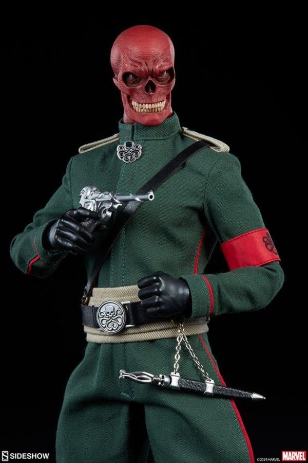 red-skull_marvel_figure-7-600x900