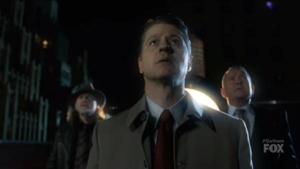 Gotham-Series-Finale-The-Dark-Knight-Clip-HD-4-29-screenshot-600x338