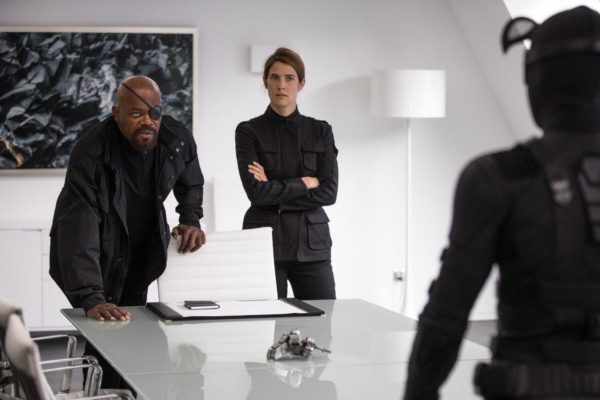 Spider-Man-Far-From-Home-Nick-Fury-Maria-Hill-600x400