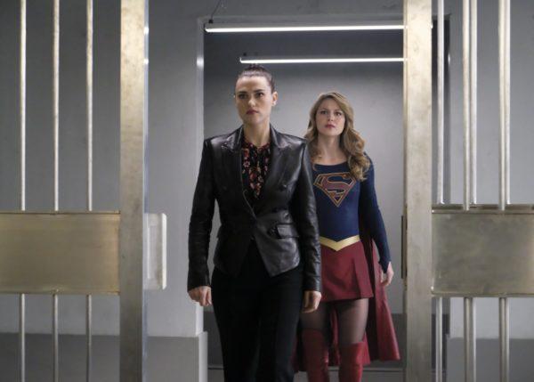 Supergirl-418-13-600x429