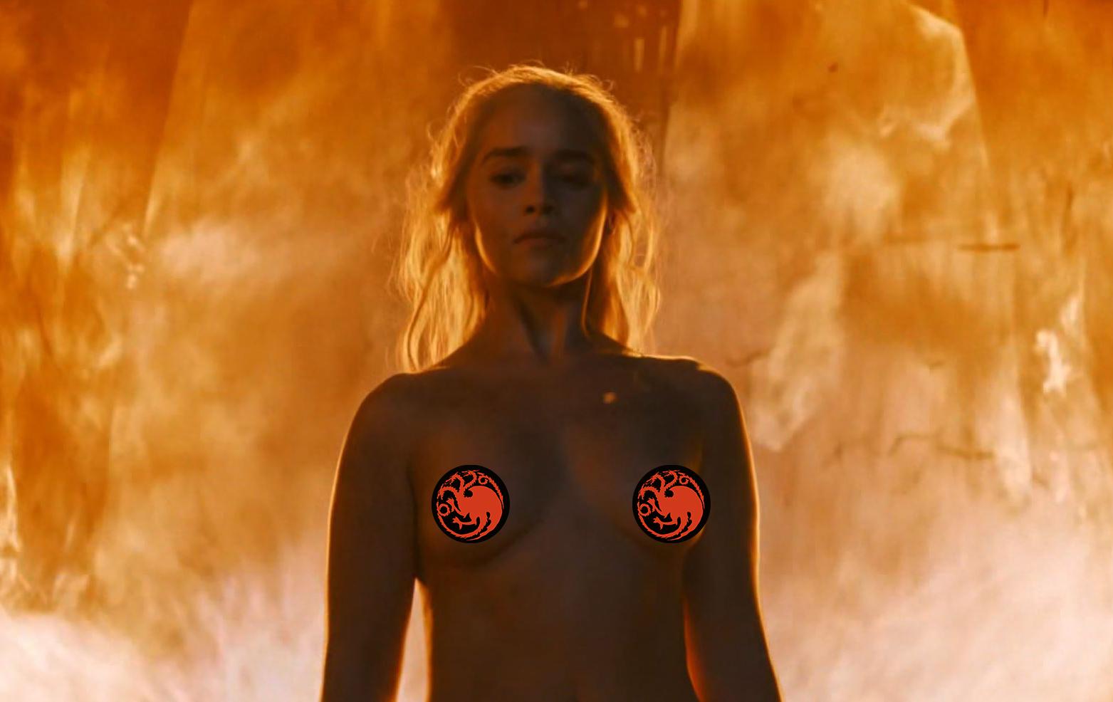 Emilia Clarke Reveals She Gets A Lot Of -6256