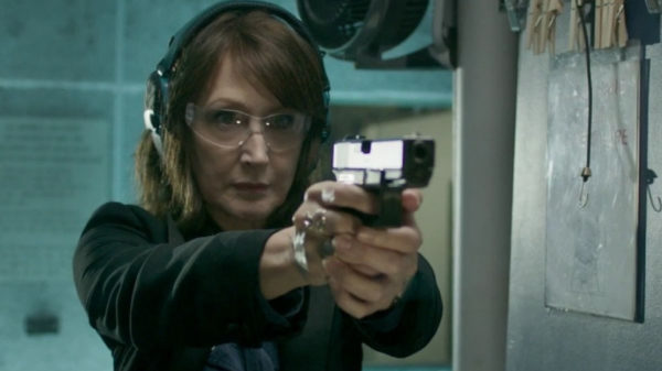 out-of-blue-patricia-clarkson-gun-600x337