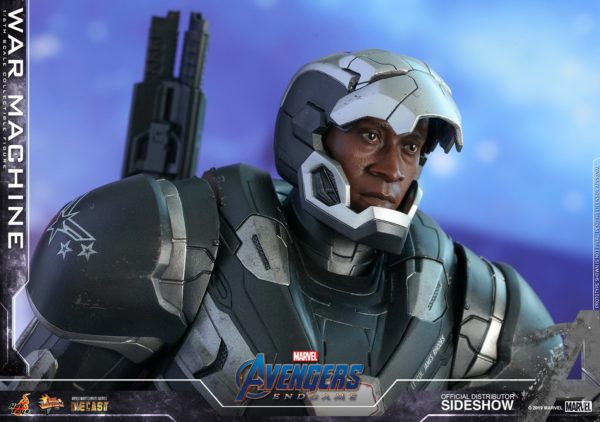 war-machine_marvel_sideshow-hot-toys-9-600x422