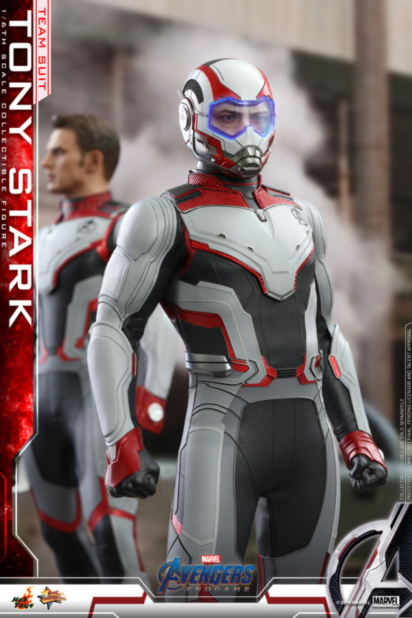Hot-Toys-Tony-Stark-Team-Suit-collectible-figure-2-600x900