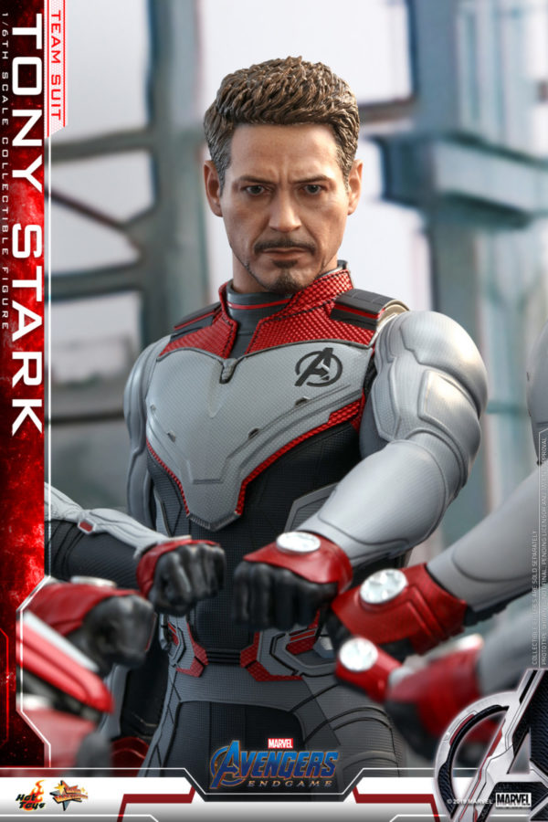 Hot-Toys-Tony-Stark-Team-Suit-collectible-figure-3-600x900