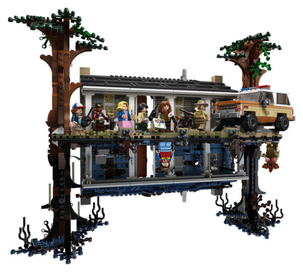 LEGO-Stranger-Thing-Upside-Down-4-600x540