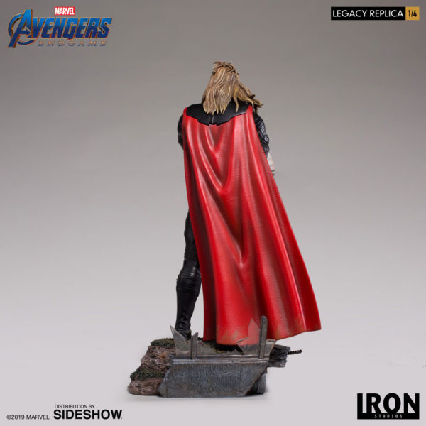 thor_marvel_gallery_5ce71d33ee210-600x600