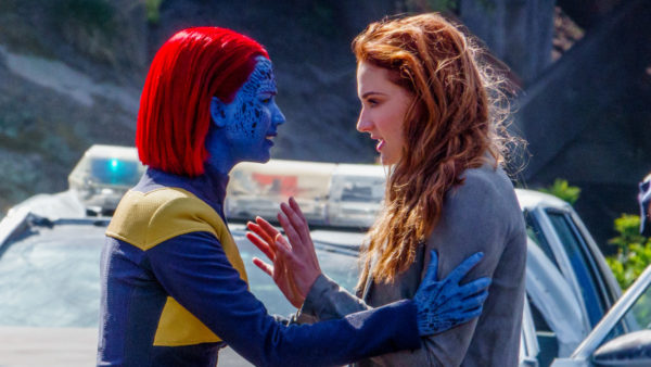 x-men-dark-phoenix-jennifer-lawrence-sophie-turner-600x338