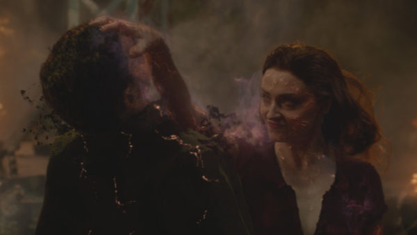 x-men-dark-phoenix-sophie-turner-600x338