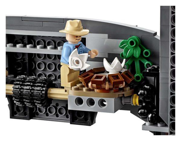 75936-Jurassic-Park-T.-rex-Rampage-15-600x467
