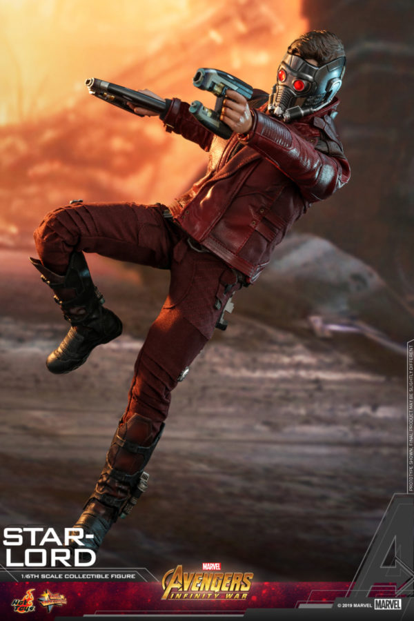 Hot-Toys-AIW-Star-lord-collectible-figure_PR1-600x900