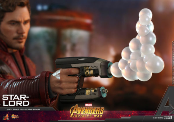 Hot-Toys-AIW-Star-lord-collectible-figure_PR13-600x422